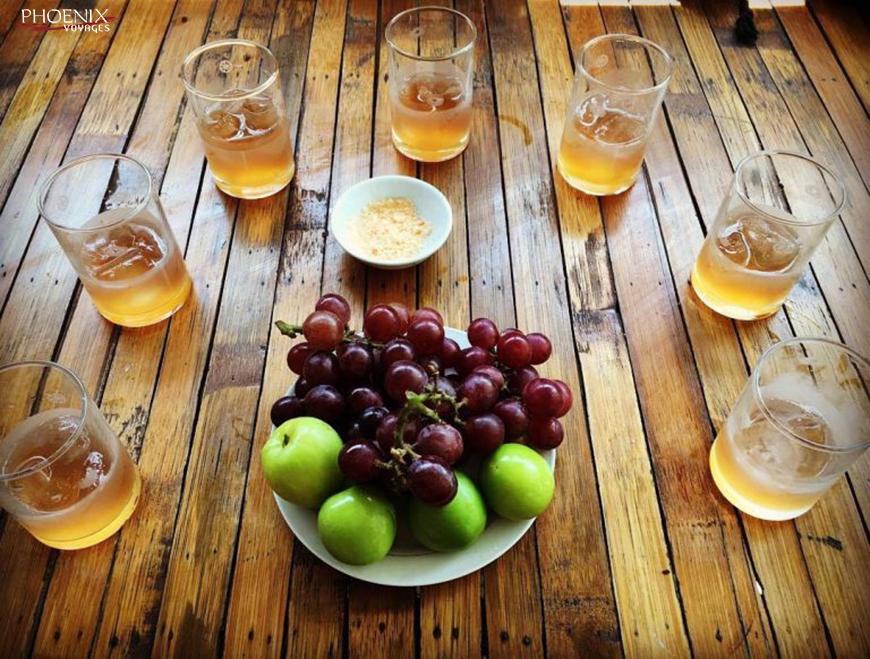 Ngoài nho, quý khách còn được thưởng thức các loại đặc sản khác của Ninh Thuận như táo gió. Ảnh: sưu tầm.